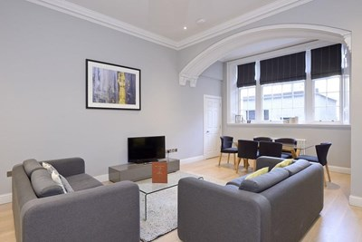 Superior Two Bedroom Apartment - Hill Street