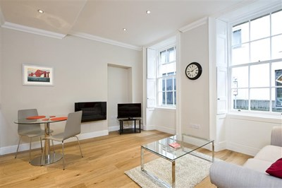 Superior One Bedroom Apartment - Thistle Street Flat 1